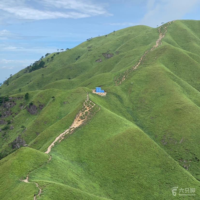 龙山村-发云界-绝望坡-金顶-游客中心(反穿)