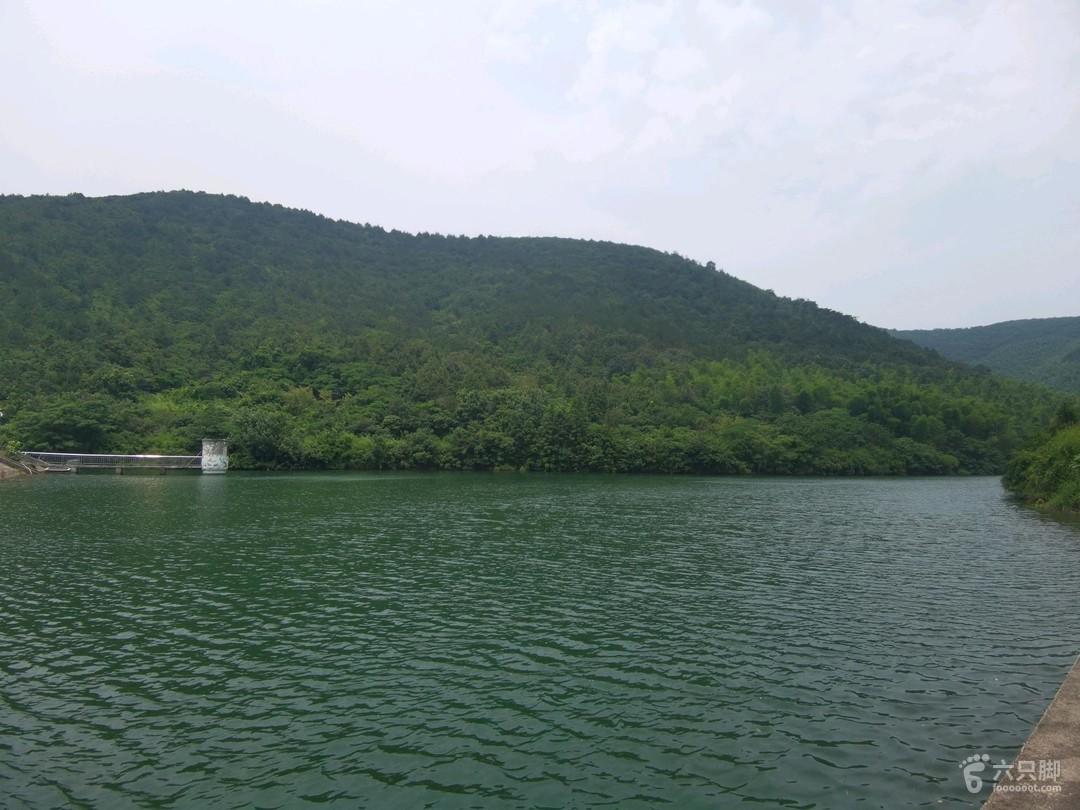 铜官山绝佳风景观赏路线~崖壁之美水色很深,游泳危险!!!